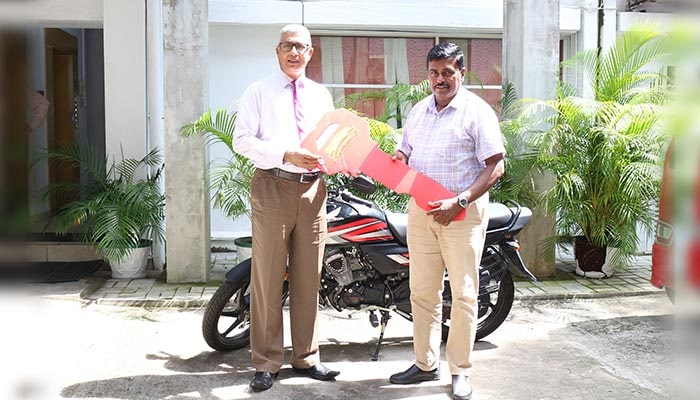 Winner of the Motor Bicycle  of the Lagna Wasana Supiri Dhana Yoga
